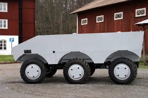 Three axlse driven armoured vehicle
