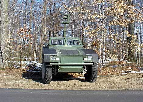 Military vehicle capable of CCD TV, mid-wave thermal imager and laser ranger/designator