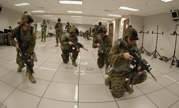 Soldiers virtual training