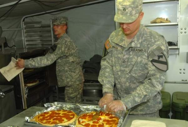 US Army pizza