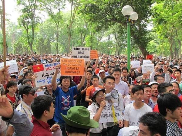 Vietnam China protests
