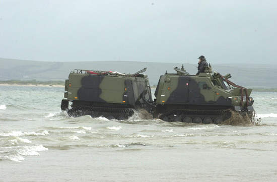 The amphibious Viking coming ashore.