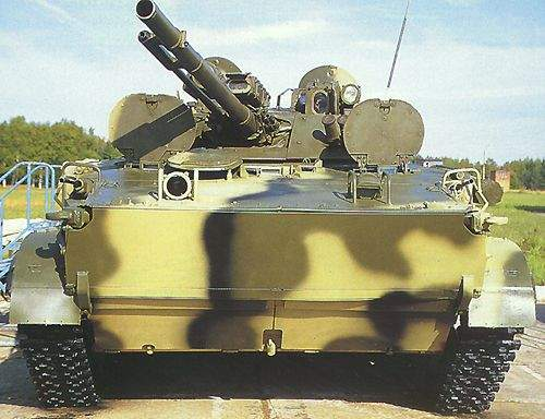The front end of the BMP-3 has a double-bottom for protection against 30mm armour-piercing rounds.