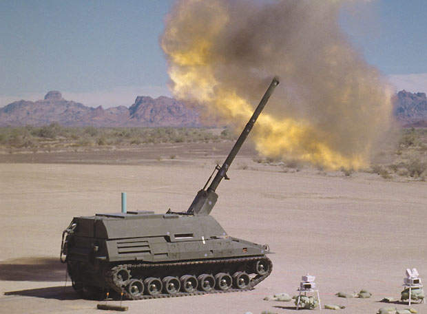 Live firing trials of the Crusader began in February 2000 at Yuma Proving Grounds in Arizona.