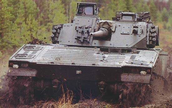 CV9030 Infantry Fighting Vehicle (IFV) in mud exercises