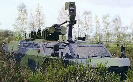 Fennek vehicle's observation system