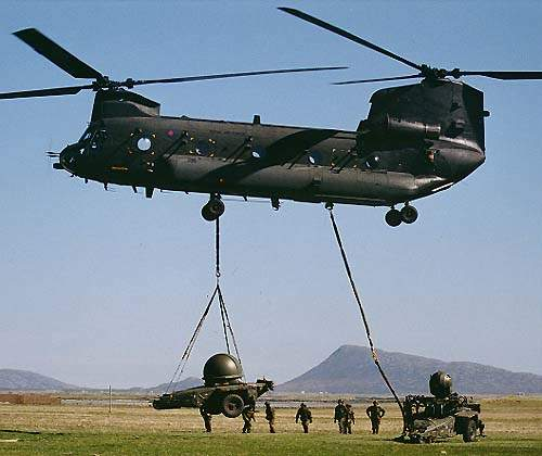 Jernas Rapier system being transported by a Chinook helicopter