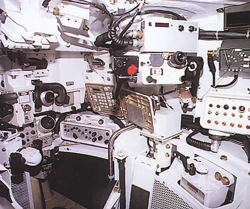The Commander and Gunner stations on the K1.