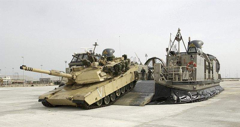 M1A1 Abrams offloading