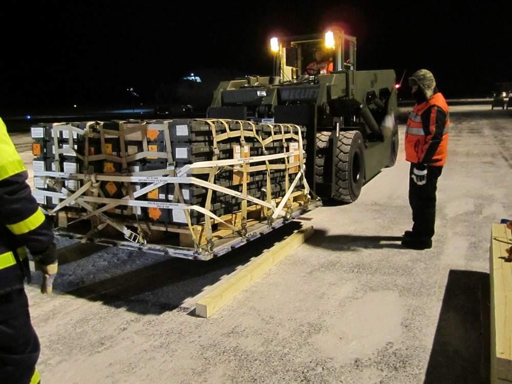 air cargo pallet forks