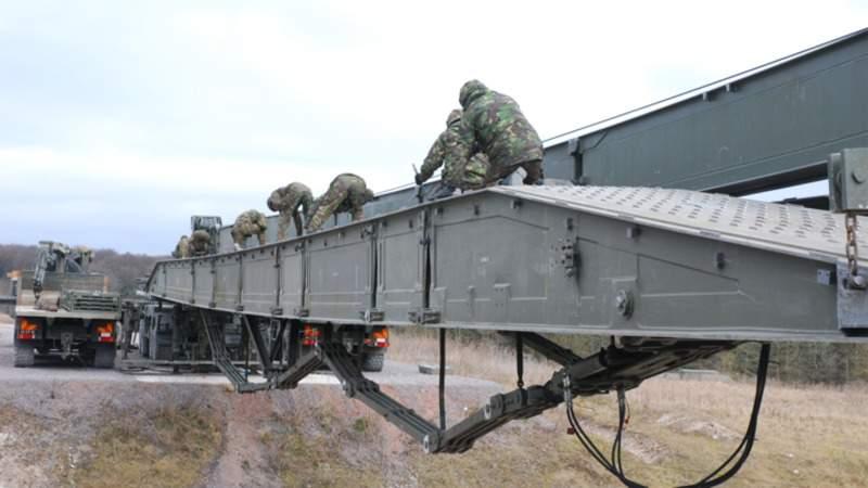 bridging_BAE_Army 1_edit