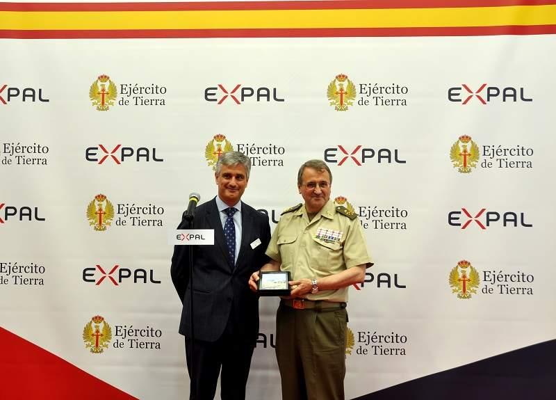 EXPAL_Eurosatory_Artillery_agreement_Spanish_Army