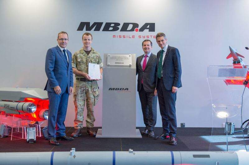 mbda-opens-new-uk-plant_Army 2_edit