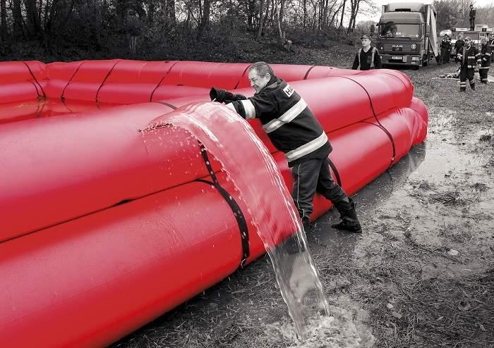 Flood control barriers