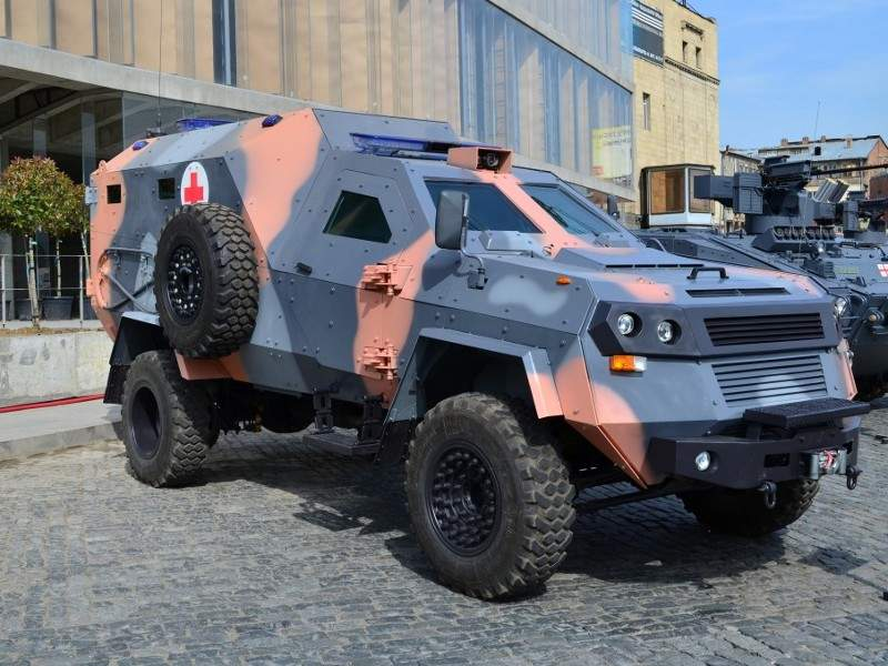 The Didgori armoured medical evacuation vehicle can carry two crew members and four wounded soldiers. Image courtesy of Delta International - company of scientific technical centre Delta.