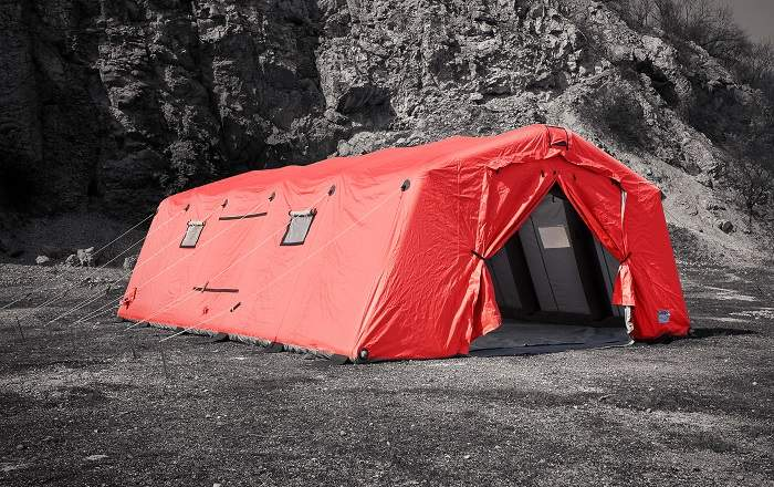 Inflatable resue tent