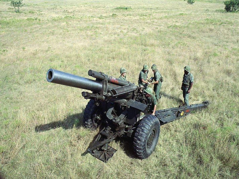 155mm howitzer_Finland Estonia_Army 2_edit