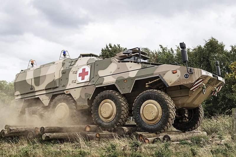 BOXER vehicle_Green light_Army 3_edit