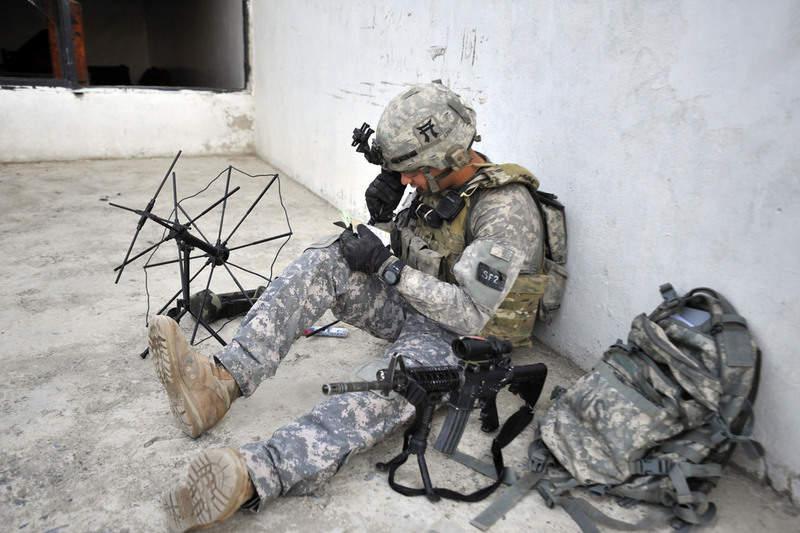 tactical radio_Brazil_Army_edit