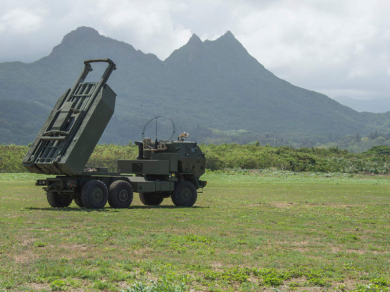 The M142 HIMARS can fire two DeepStriker missiles from a single weapons pod.