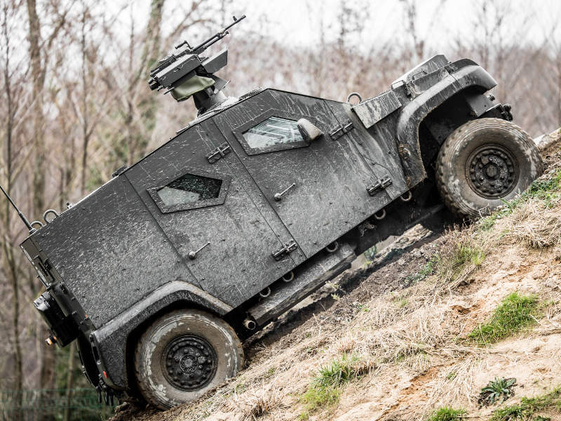Dagger 4x4 offers a maximum autonomy of more than 700km. Credit: Arquus.