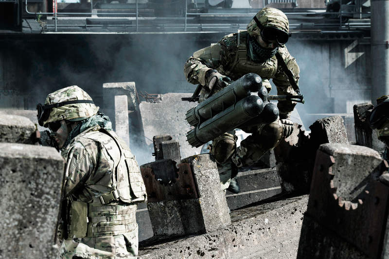Carl-Gustaf weapon_Saab Raytheon_Army 3_edit