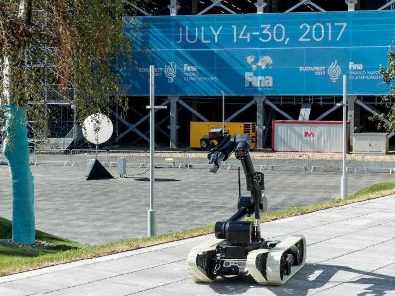 Cameleon E is a modular unmanned ground vehicle used for EOD, IEDD, and CBRN missions. Image courtesy of ECA Group.