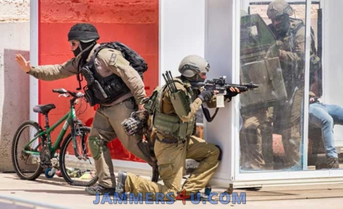 israel-police-terrorist-arrest-with-jammer(2)