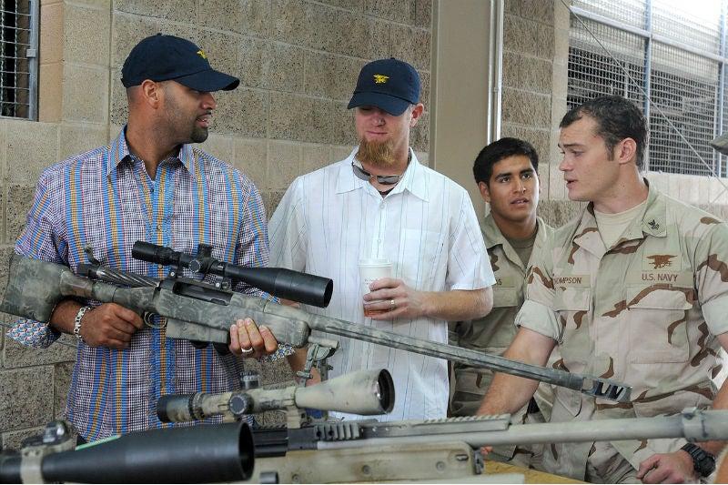 1280px-Mk_15_sniper_rifle US Navy Dominique M Lasco