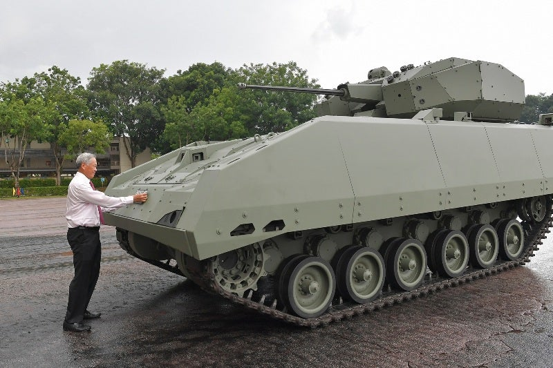Hunter armoured fighting vehicle