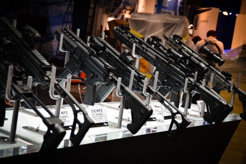 Future military rifles: alternative small arms technologies