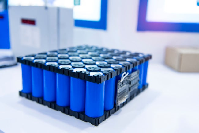 Lithium ion industrial high current batteries
