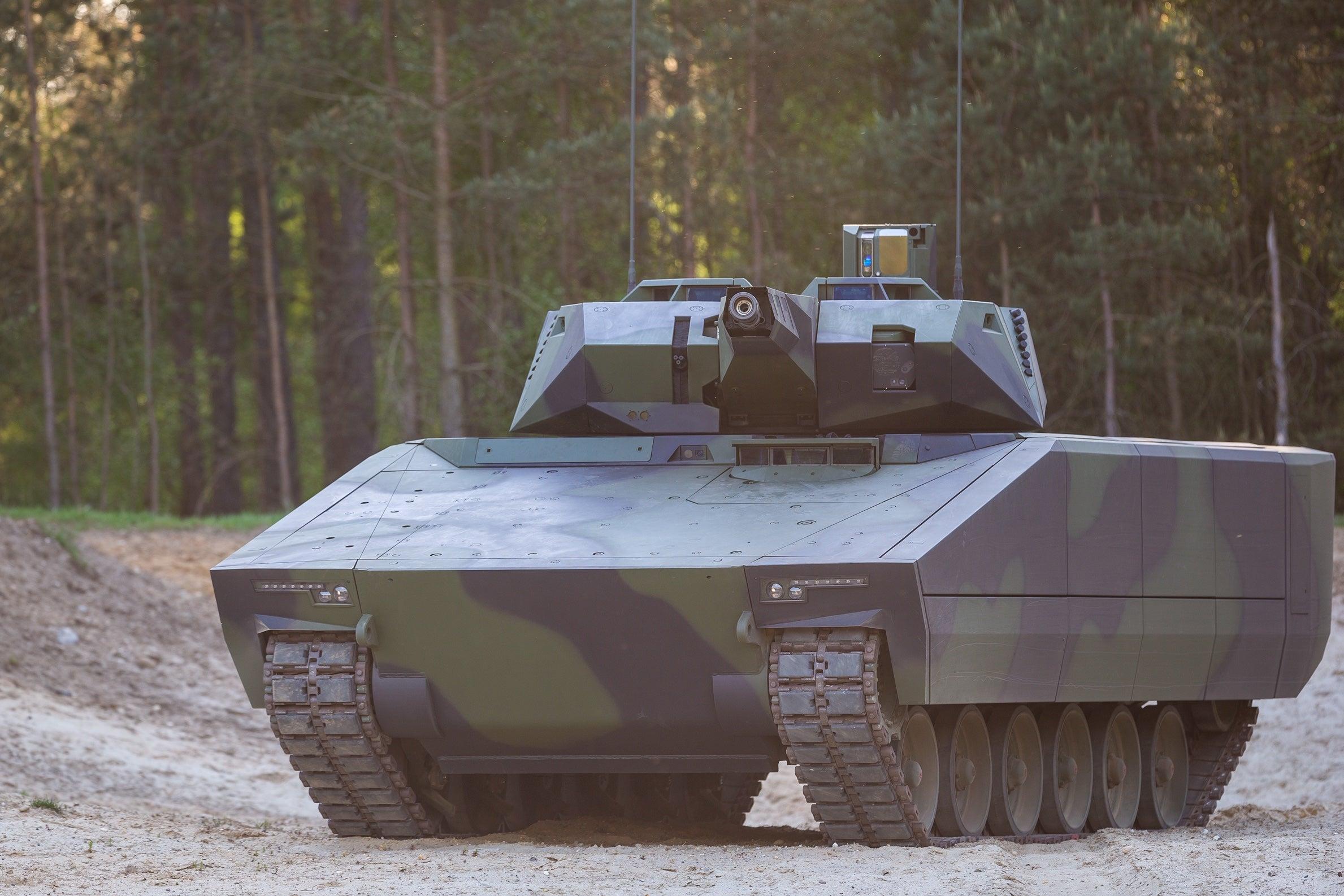Rheinmetall_Lynx_Fahrzeug_1DMJ1874