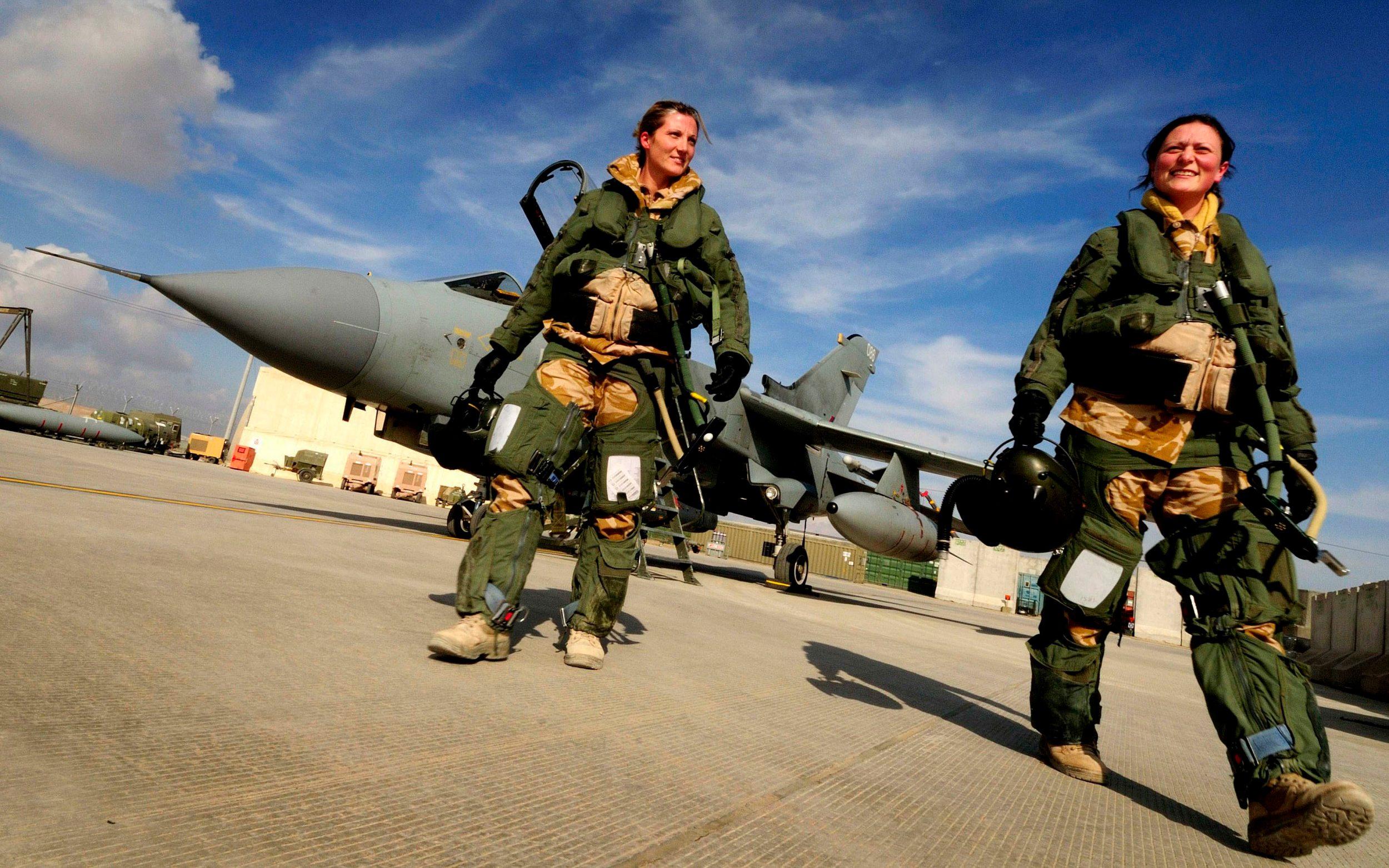 first-all-female-tornado-crew