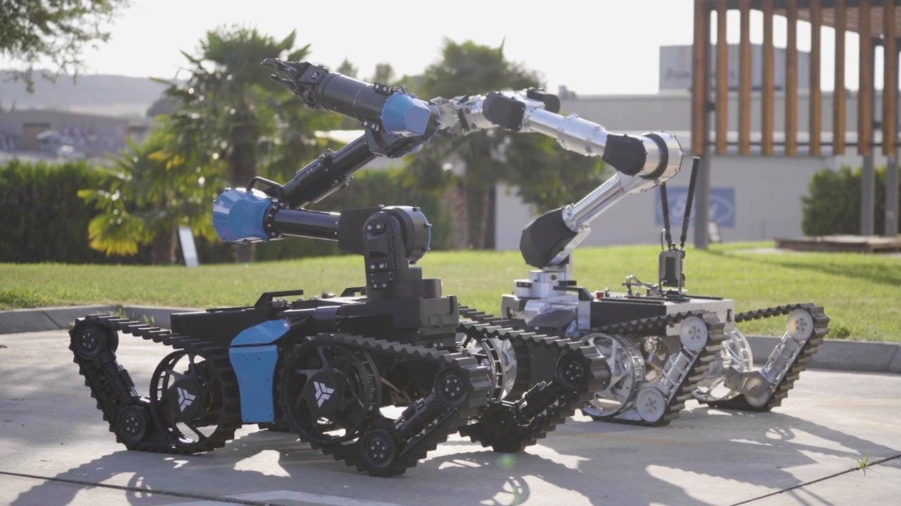 Image 3-aunav.NEO Robot