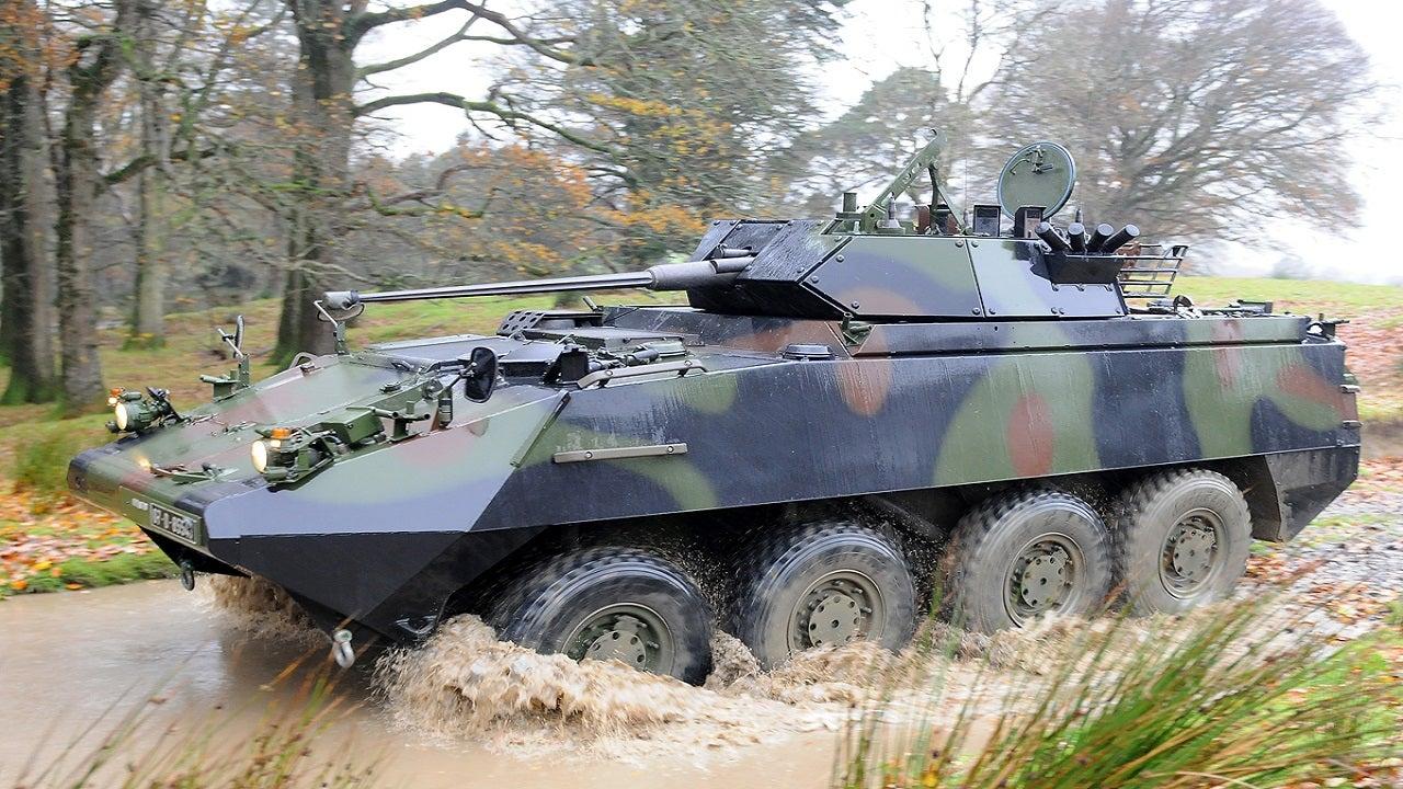 Image 1-PIRANHA III LAV III Armoured Wheeled Vehicles