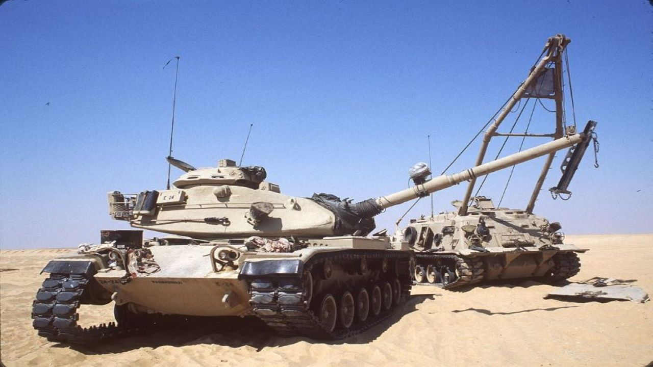 Image 3-M88A2 HERCULES Armoured Recovery Vehicle