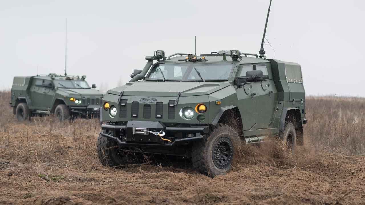 Image 1-Novator Armored Personnel Carrier
