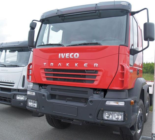 Iveco heavy duty military truck
