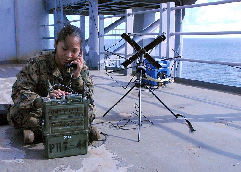 AN/PRC-117 radio