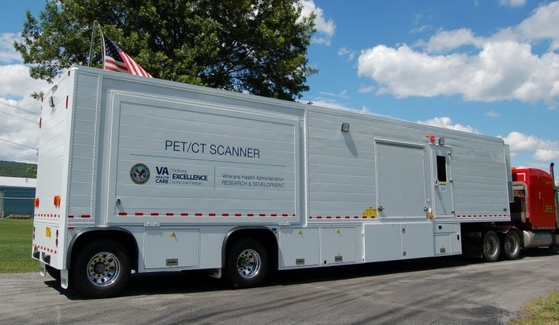 Mobile PET / CT platform