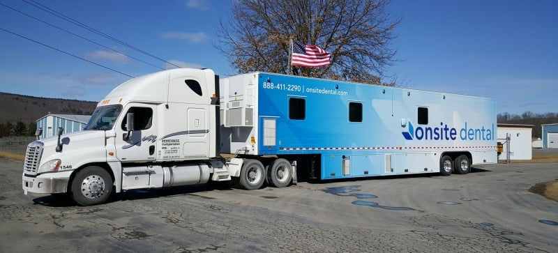 Mobile dental units