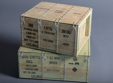 Wooden wirebound boxes